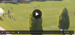 YouTube, Roberto Mancini segna gol da dietro la porta