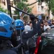 YOUTUBE Salvini a Bologna, polizia carica antagonisti6
