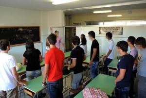Gioia Tauro, crolla intonacoa scuola: 4 studenti feriti (foto Ansa)