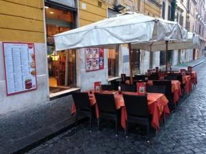 Guarda la versione ingrandita di Roma, maxi sequestro bar e ristoranti di camorra. Ecco quali