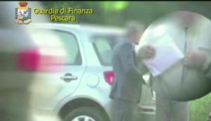 Corruzione: dirigente Agenzia Entrate di Pescara arrestato