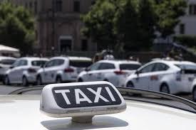 Guarda la versione ingrandita di Finto taxi scoperto a Roma: tariffe salate per i clienti