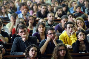 Guarda la versione ingrandita di Università non prepara al lavoro: difficoltà di un laureato
