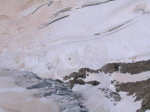Monviso, valanga travolte alpinisti: un morto e feriti