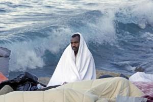 Ventimiglia, dopo lo sgombero migranti accolti in parrocchia