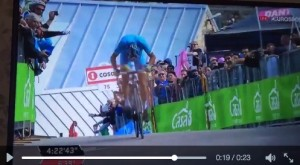 Guarda la versione ingrandita di Vincenzo Nibali ipoteca Giro Italia: maglia rosa capolavoro