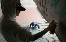 Forlì, ragazzini sorpresi a imbrattare muro: figli di…