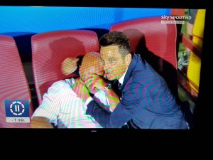 Pescara in Serie A, Serse Cosmi in lacrime: Massimo Oddo lo consola