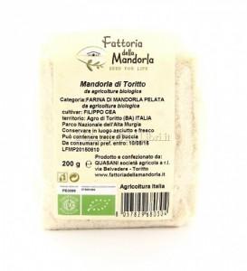 Farina mandorle Toritto ritirata da supermercati: presenza nocciole