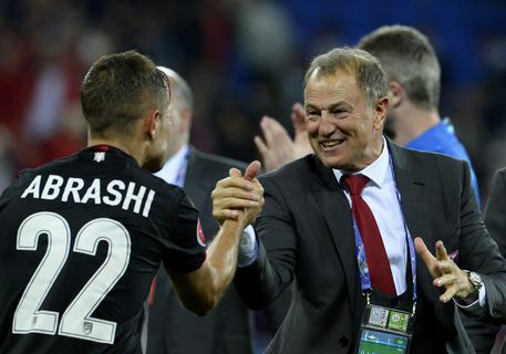"""Euro 2016, Gianni De Biasi a Conte: """"Una mano per mia Albania"""""""