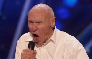 America's got talent, a 82 anni canta metal 555