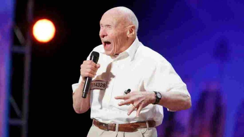 America's got talent, a 82 anni canta metal 4