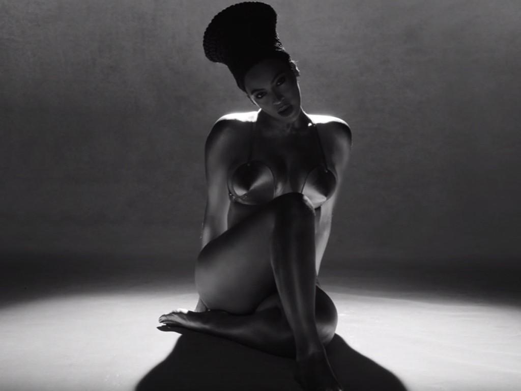 """Beyoncé con """"Sorry"""": nel nuovo VIDEO c'è Serena WIlliams4"""