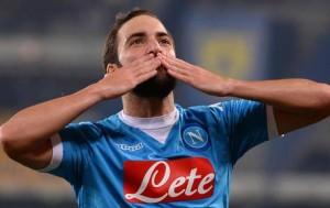 Guarda la versione ingrandita di Calciomercato Napoli news: Higuain, Hamsik, Tolisso