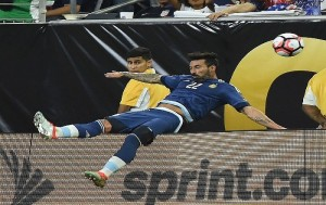 Copa America, Lavezzi si frattura gomito in campo1766