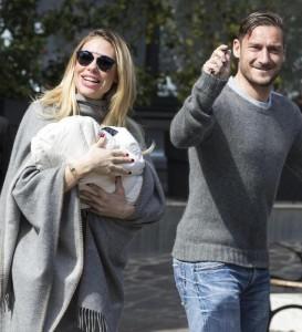 Ilary Blasi torna in tv, la moglie di Totti