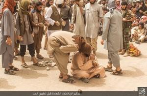 Isis, 4 uomini sposati lapidati a morte per adulterio FOTO 5