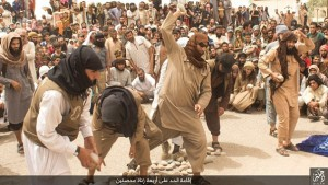 Guarda la versione ingrandita di Isis, 4 uomini sposati lapidati a morte per adulterio FOTO