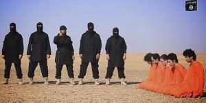 """Guarda la versione ingrandita di YOUTUBE Isis decapita 5 presunte spie: """"Lavorate per i crociati"""""""
