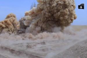 """Guarda la versione ingrandita di YOUTUBE Isis minaccia: """"Distruggeremo le piramidi del Cairo"""""""
