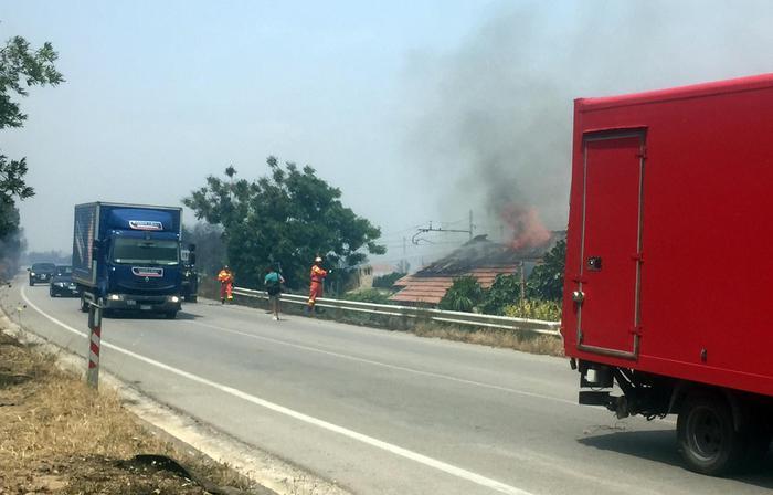 Maxi incendio tra Palermo e Trapani7