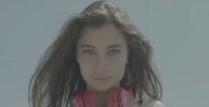 """Guarda la versione ingrandita di Mercedesz Henger nel VIDEO di Paolo Vallesi """"Estate 2016″"""