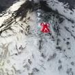 Roberta Mancino modella estrema, volo con tuta alare sul vulcano7