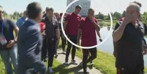 Ronaldo nervoso, lancia il microfono nel lago7