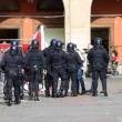 Salvini a Bologna, scontri centri sociali polizia 02