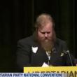 YOUTUBE Usa, candidato libertariano si spoglia al comizio 4