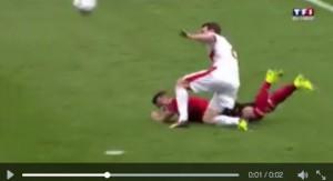 VIDEO Albania-Svizzera, rigore negato: Lichtsteiner fallo netto