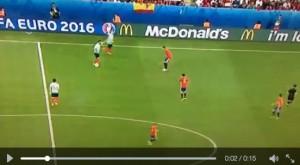 VIDEO Arda Turan fischiato dai tifosi turchi: reagisce così