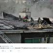 Milano, incendio sul tetto di una scuola a Lambrate FOTO 2