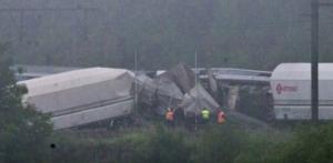 Guarda la versione ingrandita di YOUTUBE Belgio, scontro tra treni: diversi morti e feriti