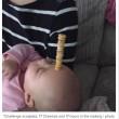 Torre di Cherrios sul neonato che dorme6