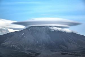 Ufo atterra su Etna La spettacolare nuvola lenticolare3