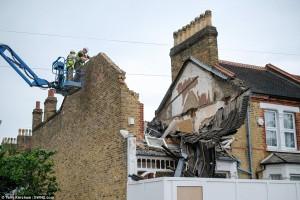 Villetta da 600mila euro crolla improvvisamente a Londra88