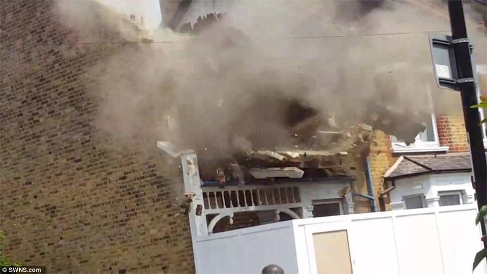 Villetta da 600mila euro crolla improvvisamente a Londra7