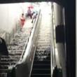 Washington, scala stazione metro diventa una cascata2