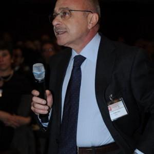 Sanità, crisi e tramonto. Aldo Ferrara spiega che...