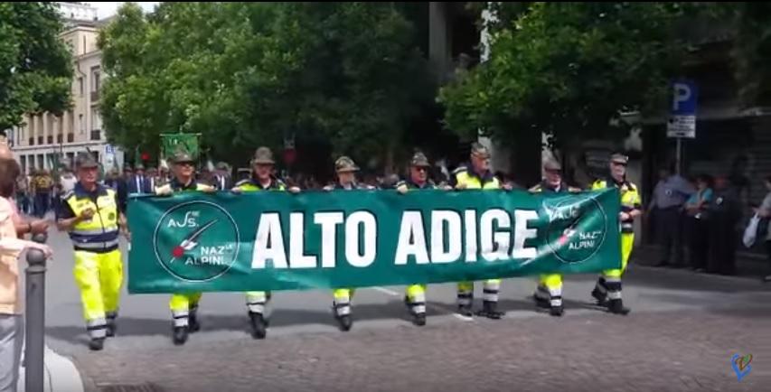 VIDEO YOUTUBE Gorizia, raduno Alpini: parata tra ovazioni e tricolori