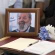 "Funerali Bud Spencer su note ""Dune Buggy"