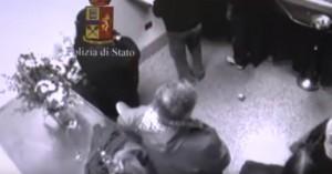 YOUTUBE Aosta: ladra ruba portafogli in una camera mortuaria