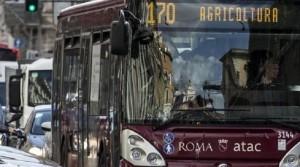 Guarda la versione ingrandita di Comunali Roma, boom autisti Atac-scrutatori. Ma i postini...