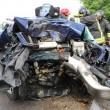 Isola Vicentina, auto contro platano distrutta: autista ferita FOTO 3