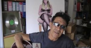 Edoardo Bennato usa Maria Elena Boschi contro Benigni VIDEO