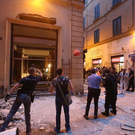 YOUTUBE Bologna, esplosione in ristorante cinese Zuma FOTO6