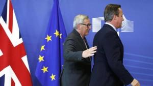 Ue approva risoluzione post Brexit. M5s vota contro con Farage