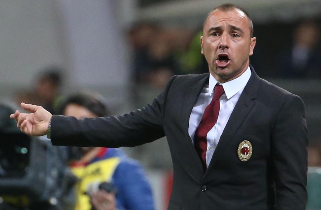 Milan, Cristian Brocchi si sfila. Ma Berlusconi prende tempo