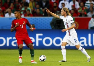 Guarda la versione ingrandita di Portogallo-Islanda 1-1 (Nani, Bjarnason) VIDEO GOL HIGHLIGHTS